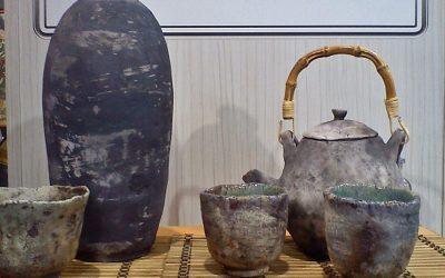A Magyarok Világtalálkozóján az Ázsia házban én is kiállíthattam a raku kerámiáimat