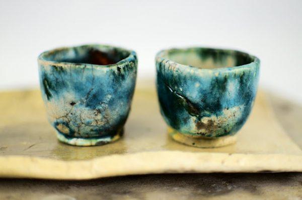 Csészék, kis japán teáskészlet, teatálcával