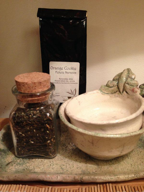 2 személyes teáskészlet teatálcával és japán zöld teával