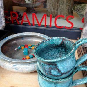 Csésze európai teához ..európai forma, izgalmas változó raku színekben