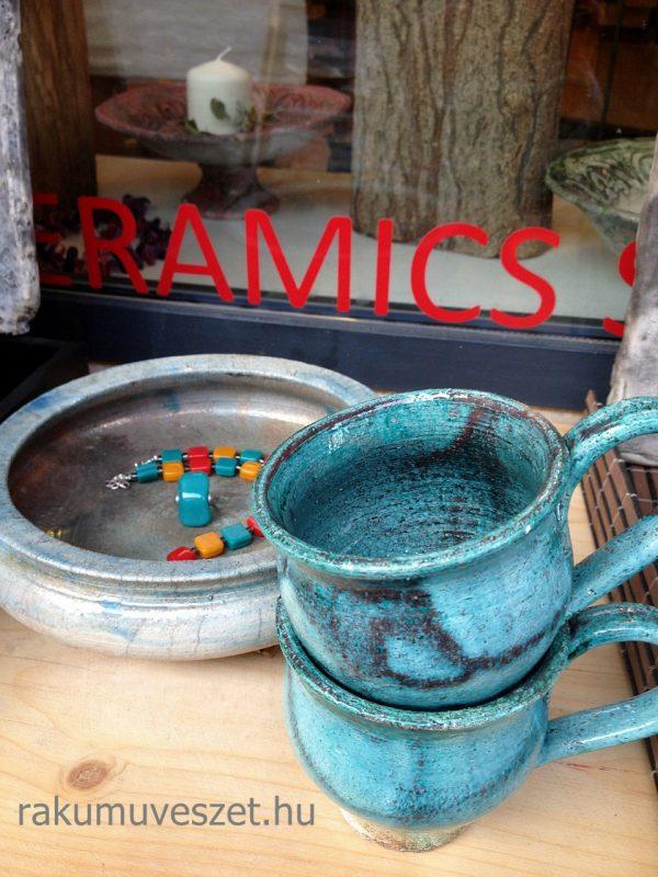 Csésze kávéhoz, cappucinohoz ég és föld színekben