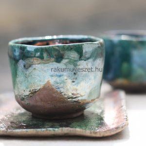Csésze a kéklő hegyekhez